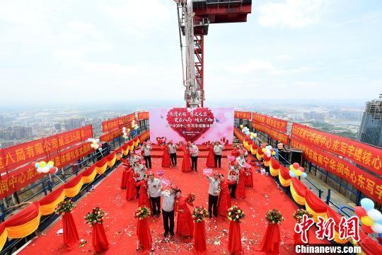 图为婚礼现场。 俞靖 摄