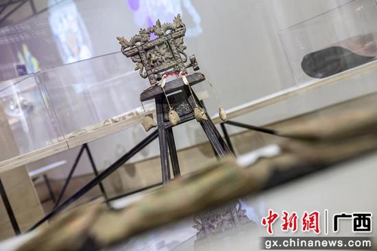 侗族木雕编线机贵州黎平