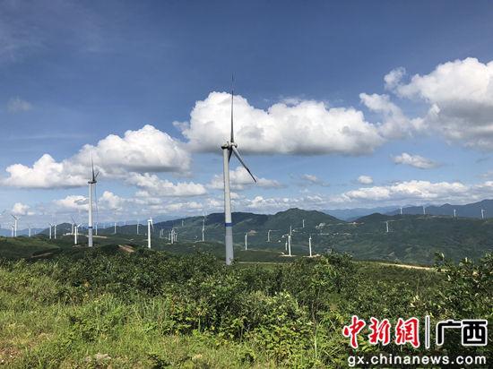 邮储银行大力支持的桂林兴安石板岭风电项目已投入运营。