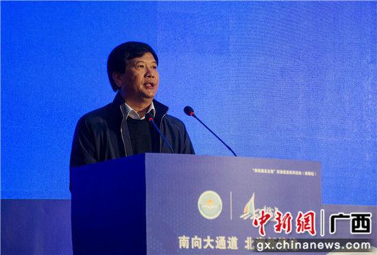 北海市常务副市长陈维向川企推介北海