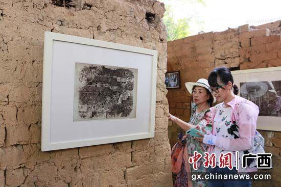 古岳坡特色民俗吸引游客