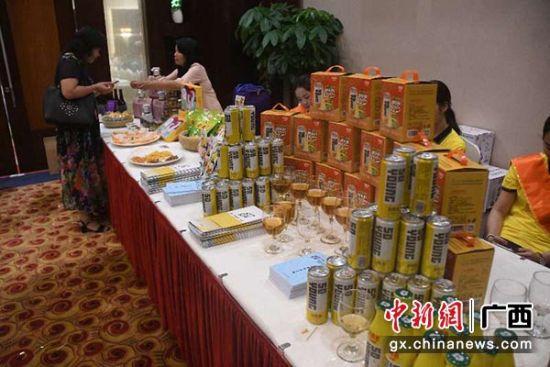 """广西企业自主研发甘蔗醋饮料 助推糖业""""二次创业"""""""