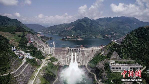 因用电乏力 广西红水河九个梯级电站全线调峰弃水