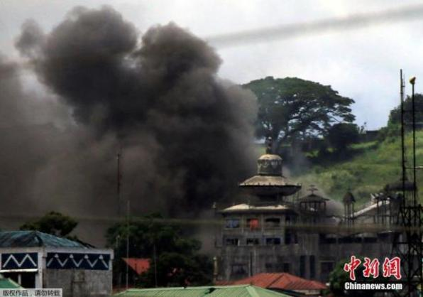 菲律宾南部村庄遭武装分子袭击 致9人死10余人伤