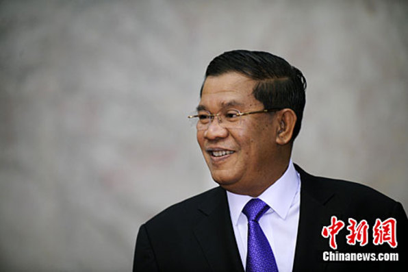 洪森回应美国停止援助柬埔寨选举