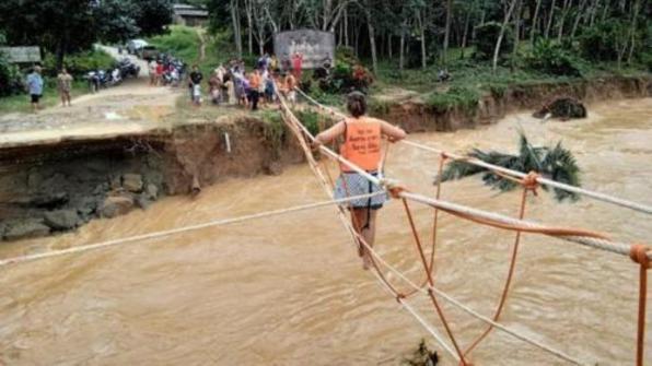 泰国南部洪涝灾害严重 29人遇难逾百万人受影响