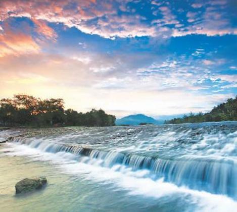 灵渠风光:沟通长江珠江 兼有水运灌溉