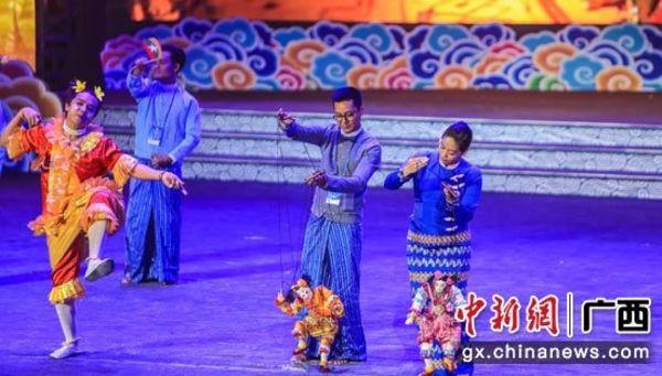 中国―东盟(南宁)戏剧周落幕 共同奏响合作之音