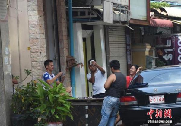 """""""亡人节"""":柬埔寨首都不再喧嚣"""