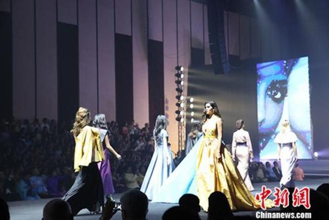 泰丝服装文化展开幕 50多国驻泰使节参加