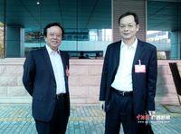 南宁人大代表分组审议《政府工作报告》