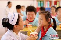 广西融安护士走进特教学校奉献爱心
