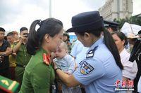 中越警方联手助被拐越南籍男婴平安回家