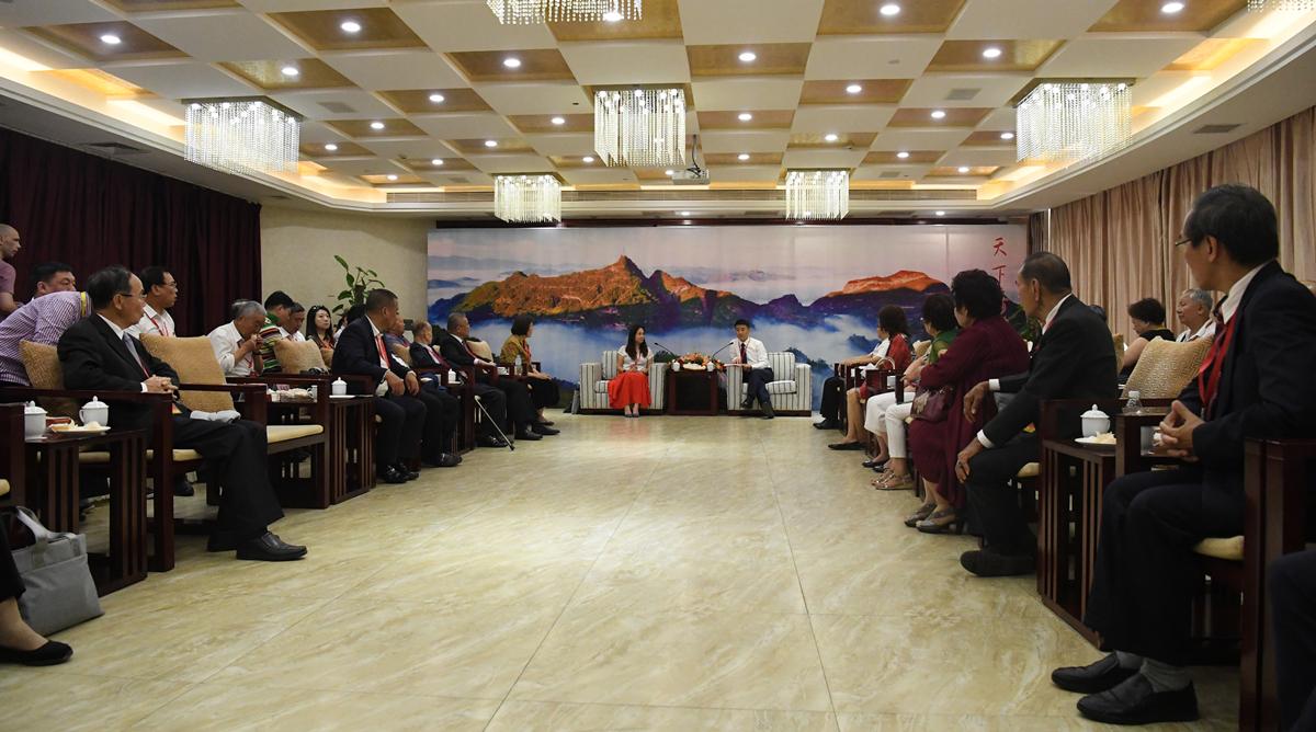 海外嘉宾代表座谈 共论侨乡发展