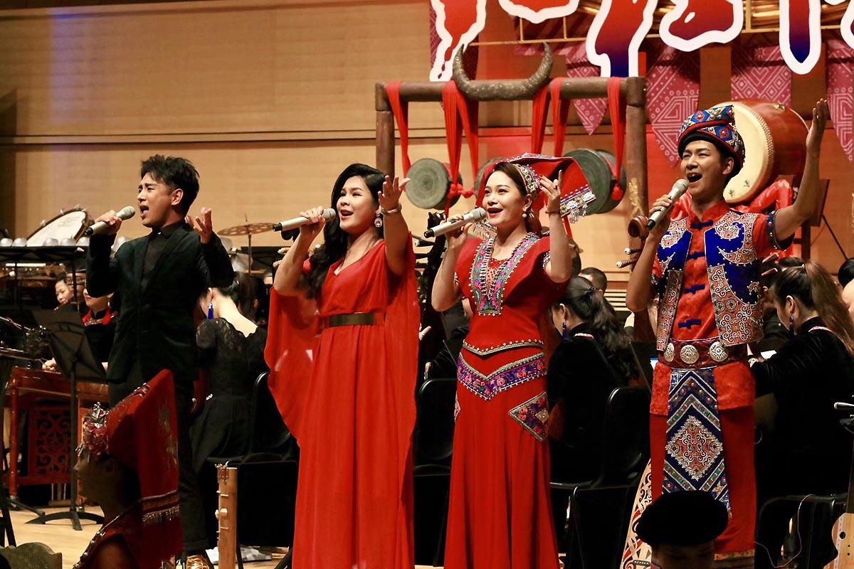开户送体验金民族管弦乐《八桂情愫》在南宁成功首演