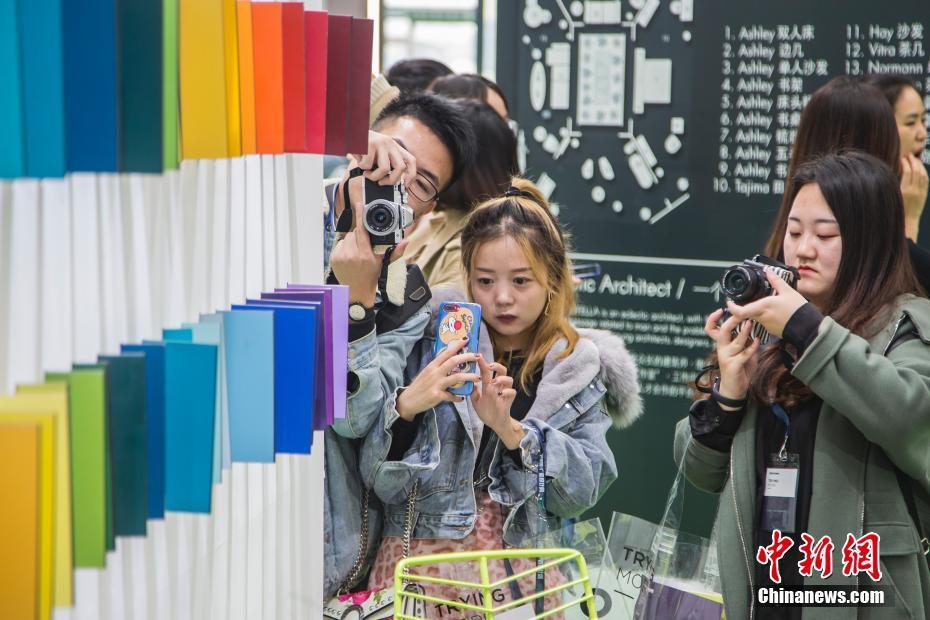 2018开户送体验金设计周在开户送体验金南宁开幕