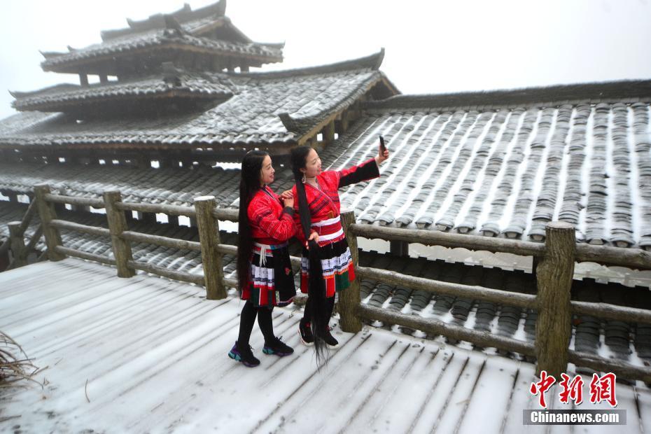 广西龙胜龙脊梯田迎来降雪