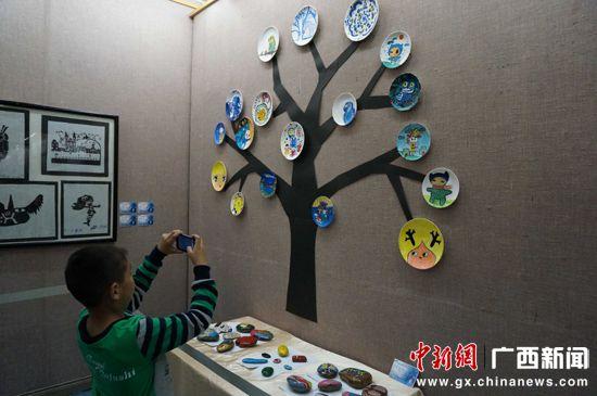 桂林博物馆与桂林市少年宫联合举办的少年儿童绘画作品展在桂林博物馆